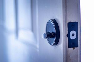 choose the right deadbolt lock for your home